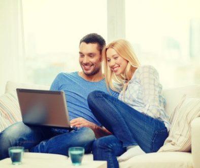 couple watching a home virtual tour